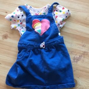 Carter's 7 outfits!  EUC!  12 months